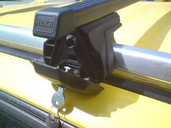 Strešný nosič HAKR 0013/0020 – FE tyč pre CITROEN C3 Picasso Strešný nosič HAKR HV0013